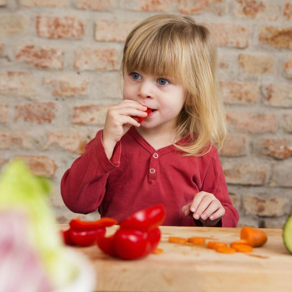 تغذیه کودکان بعد از سه سالگی